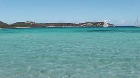 Baía do pevero de Sardinia vídeos de arquivo