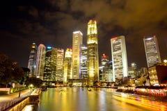 BAÍA do PORTO, SINGAPURA 16 de março: Construção do negócio Marina Bay AG Imagens de Stock