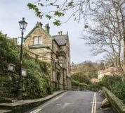 Baía do ` s de Robin Hood - uma casa na vila fotografia de stock royalty free