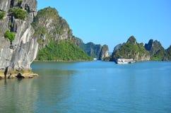 Baía longa do Ha, Vietname novembro de 2016 Imagem de Stock