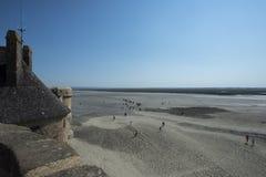 Baía maré em Mont Saint Michel, França Fotos de Stock