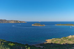 Baía no por do sol, Sardinia Itália de Cavallo da coda do Capo Foto de Stock Royalty Free