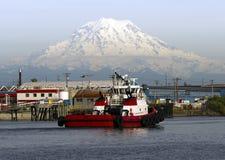 Baía Thea Foss Waterway Rainier da margem da embarcação do guia do rebocador imagem de stock royalty free