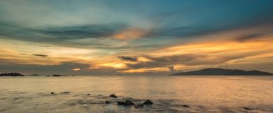 Baía Vietname de Nha Trang do céu do nascer do sol Foto de Stock