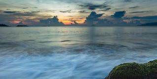 Baía Vietname de Nha Trang do céu do nascer do sol Fotos de Stock Royalty Free