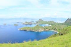 Baías na ilha de Padar imagens de stock royalty free