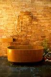 Bañera de madera Imagen de archivo libre de regalías