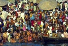 Bañistas de Ganges Imagen de archivo libre de regalías