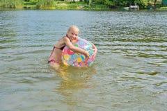 Baño de la muchacha Imagen de archivo