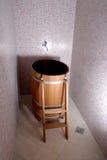 Baño de madera de la sauna Foto de archivo