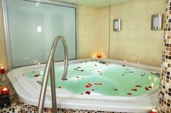Baño de un Jacuzzi Imagenes de archivo