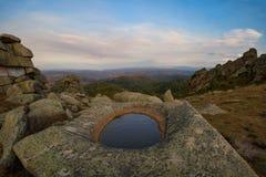Baños de la naturaleza en la montaña de Sinyukha Imágenes de archivo libres de regalías