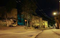Bałkańska ulica przy nocą Zdjęcie Stock