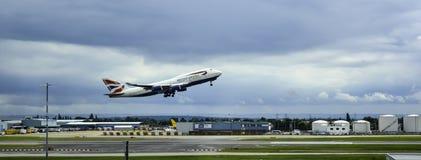 BA 747 που απογειώνεται Στοκ Εικόνες
