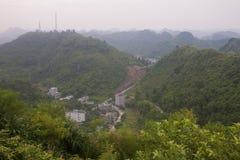小山全景在猫Ba海岛的 免版税图库摄影