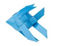 塑料回收钓鱼孩子玩具的织法 隔绝在白色ba 免版税库存图片