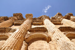 baahusbaalbek lebanon tempel Arkivbild