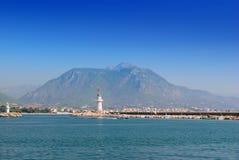 Baai dichtbij de Alanya-stad Turkije royalty-vrije stock foto's
