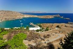 Baai van de Lindos-stad rhodos Griekenland royalty-vrije stock afbeeldingen