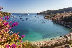 Baai van Villefranche Sur Mer en Cap Ferrat, Kooi d& x27; Azur, Frankrijk Royalty-vrije Stock Foto's