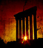 baalbek jupiter lebanon över s-solnedgångtempelet Royaltyfri Fotografi