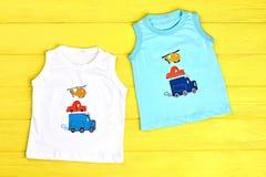 Bab pojkesamling av t-skjortor Royaltyfria Bilder