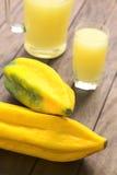 Babaco frukt arkivfoto