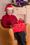 Babci Święty Mikołaj kapeluszu prezent Obrazy Stock