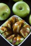 Babci Smith jabłka z karmelem zdjęcia royalty free