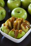 Babci Smith jabłka z karmelem zdjęcie stock
