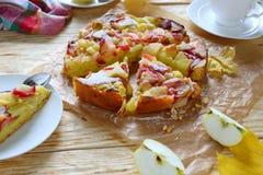 Babcia śmietankowy jabłczany kulebiak Fotografia Stock