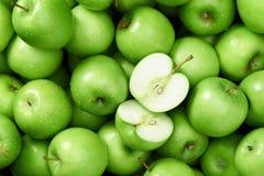 Babcia kowala jabłka tło obrazy stock
