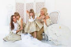 Babcia, matka i córki, fotografia royalty free