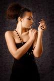 Babe med pärlor Arkivbilder