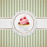 Babeczka z czekoladą i menchii śmietanką Zdjęcia Royalty Free