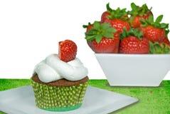 babeczki czekoladowa truskawka Fotografia Stock