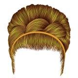 Babette dos cabelos com cores amarelas brilhantes da trança wome na moda Fotografia de Stock