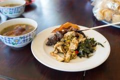 Babi guling, ou porc de nourrisson, est l'un des plats les plus célèbres de Bali Image stock