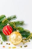 Babioles et étoiles de Noël Images stock