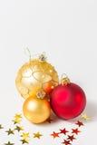 Babioles et étoiles de Noël Photos libres de droits