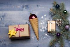 Babioles et décorations de Noël Photo stock