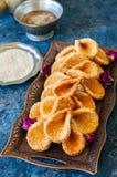 Babouches меда и сезама - популярный арабский десерт Арабский и Стоковое фото RF