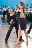 Babushin Anton e Milovidova Yana Perform Youth Latin-American Program Fotografie Stock