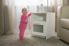 Baby acht maanden Royalty-vrije Stock Afbeeldingen