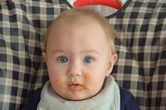 Baby als hoge voorzitter royalty-vrije stock foto