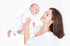 baby beautiful her mother newborn playing Στοκ φωτογραφίες με δικαίωμα ελεύθερης χρήσης