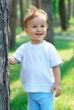 Baby bij het park Stock Fotografie