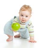 Baby, das gesunde Nahrung isst lizenzfreies stockbild