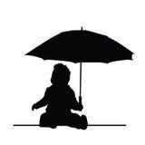 Baby, das Regenschirmvektorschattenbild hält Stockbilder