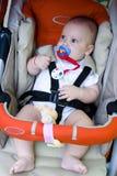 Baby in de Zetel van de Auto van de Veiligheid royalty-vrije stock afbeelding